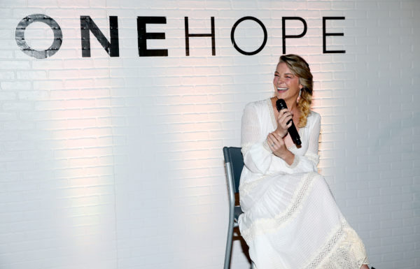 LeAnn Rimes Debuts ONEHOPE Wine Signature Series