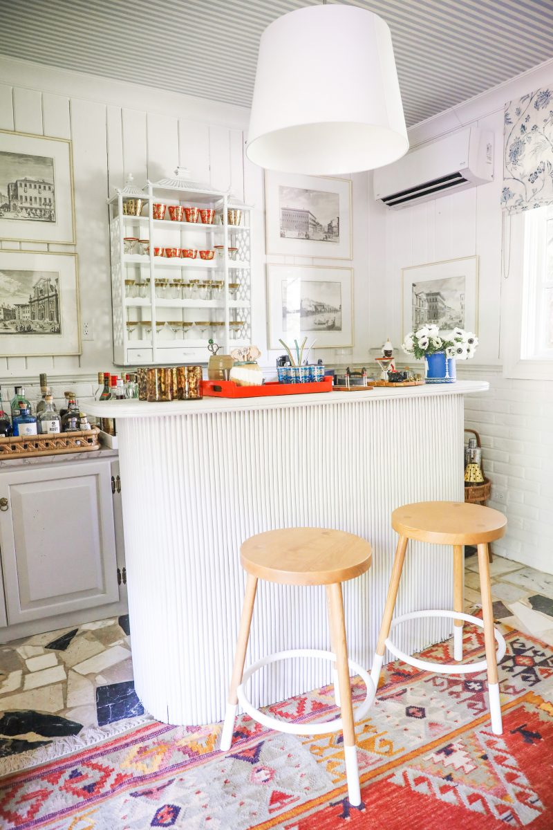 Red and white aesthetic southern wet bar
