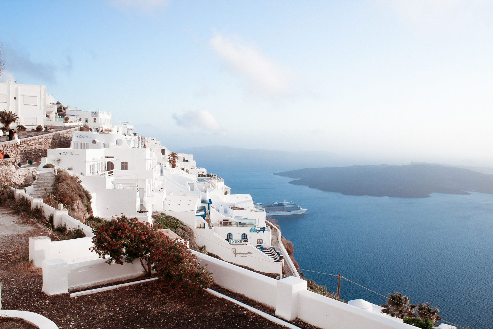 Santorini, Greece - villas, cruises, and other luxury getaway packages