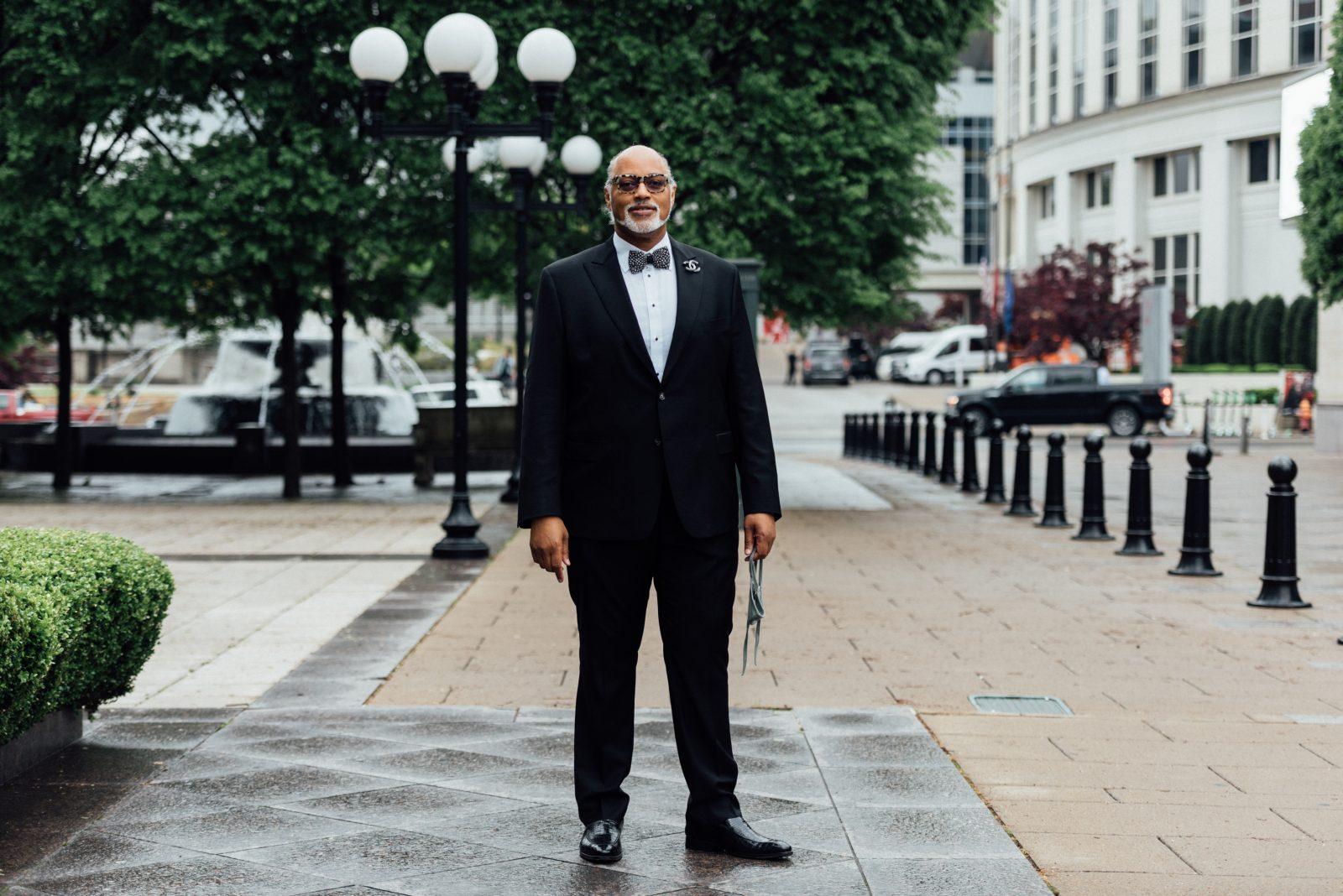 Barry Grider wearing Hart Schaffner Marx custom suit