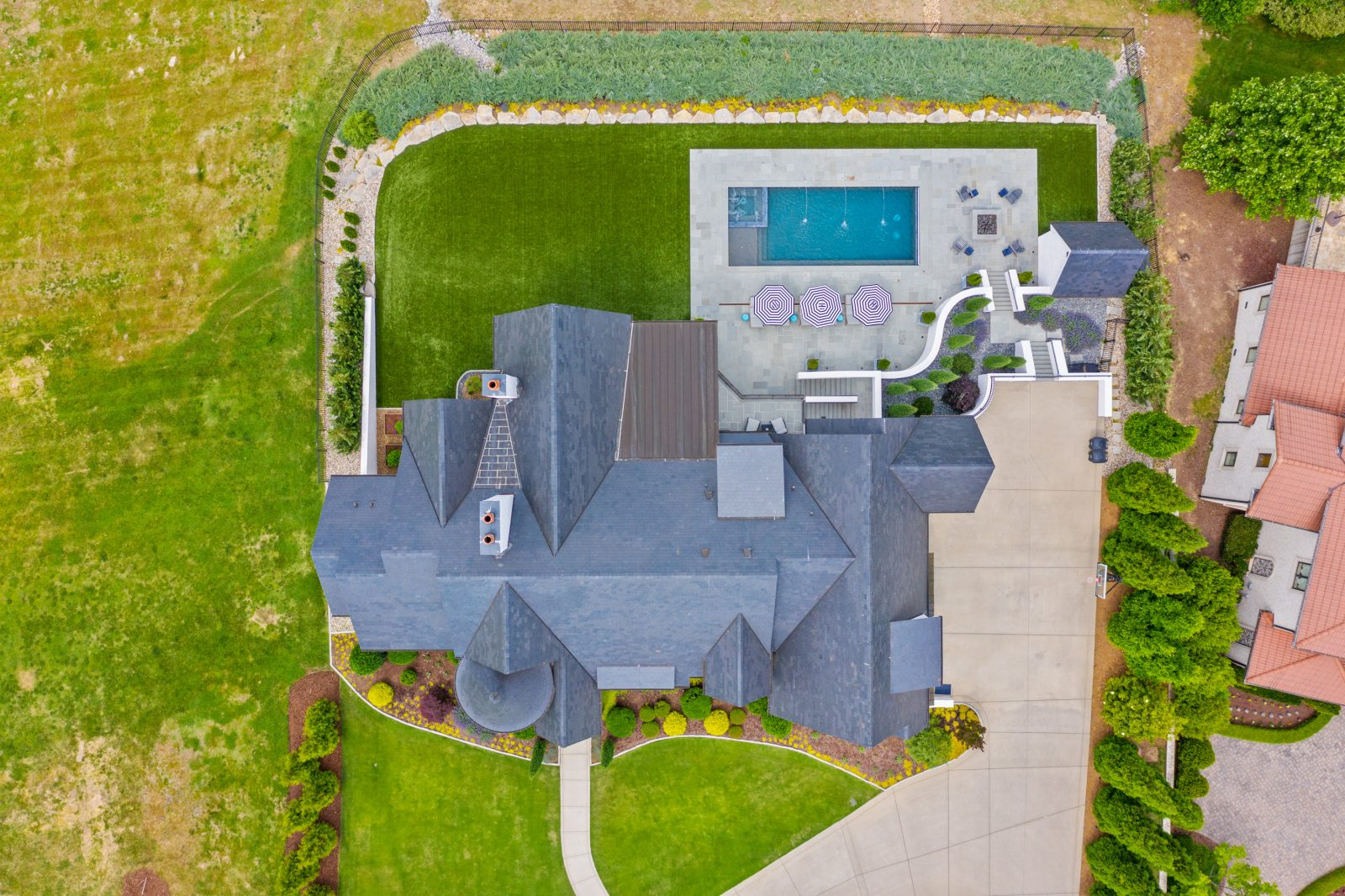 arial view of the Pagliara home, pool, and backyard in Franklin, TN
