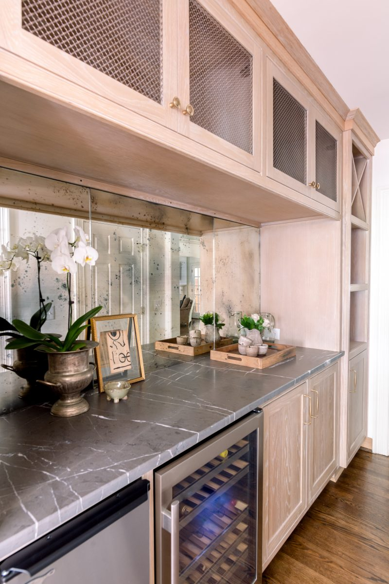 Nashville Kitchen counter tops and storage space made by parkes and lamb interiors in Nashville, TN
