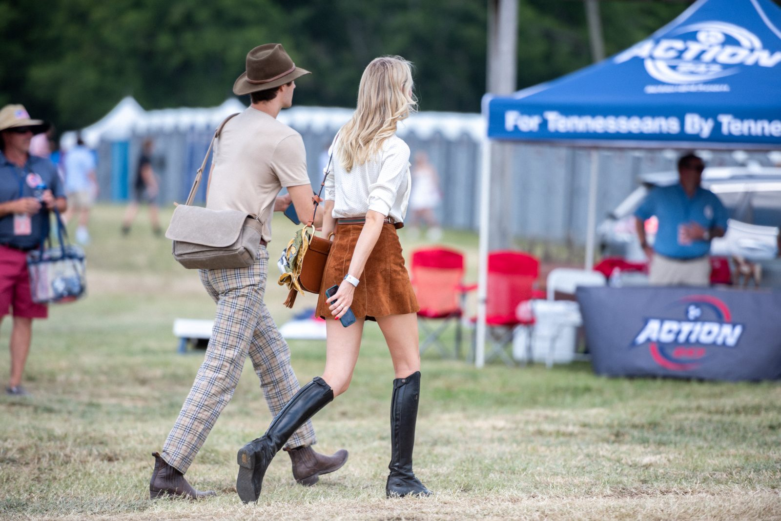 Young couple at Tn Steeplechase 21