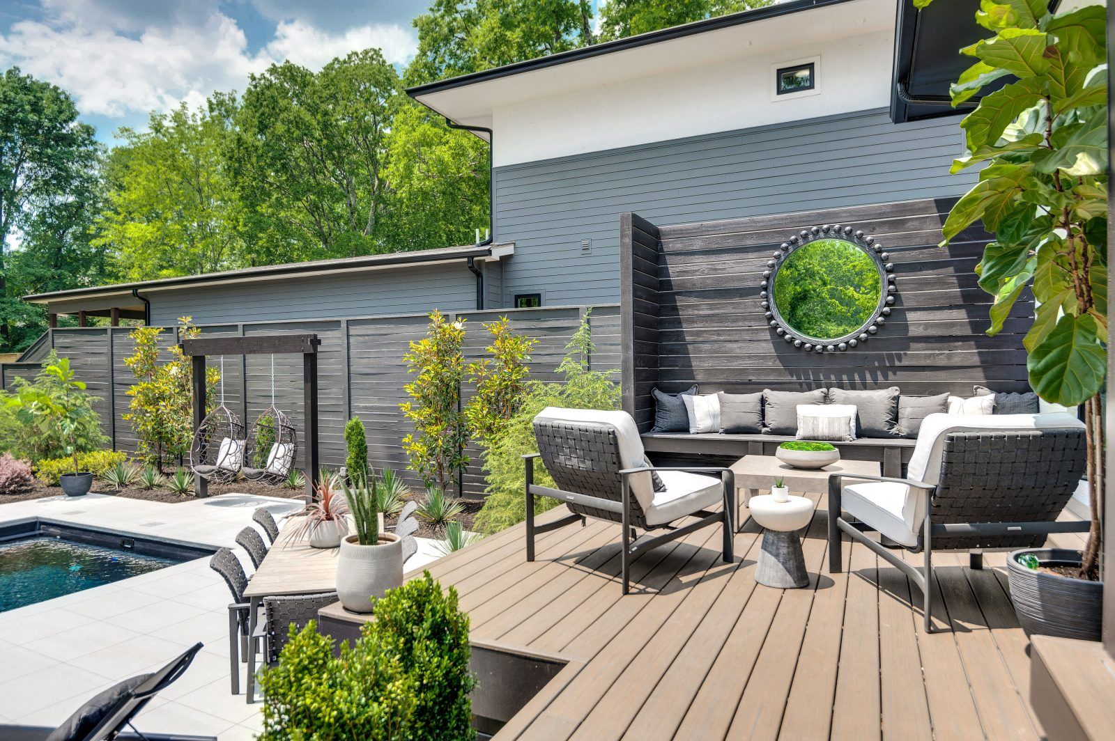 Green Hills TN outdoor patio surrounded by trees
