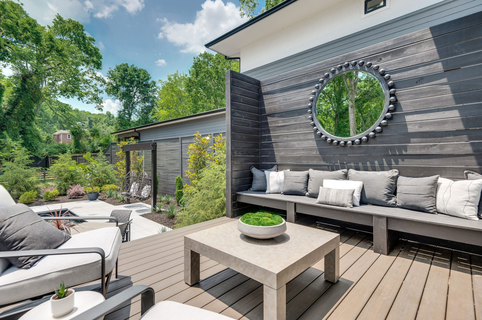 backyard deck and entertainment space in Green Hills TN