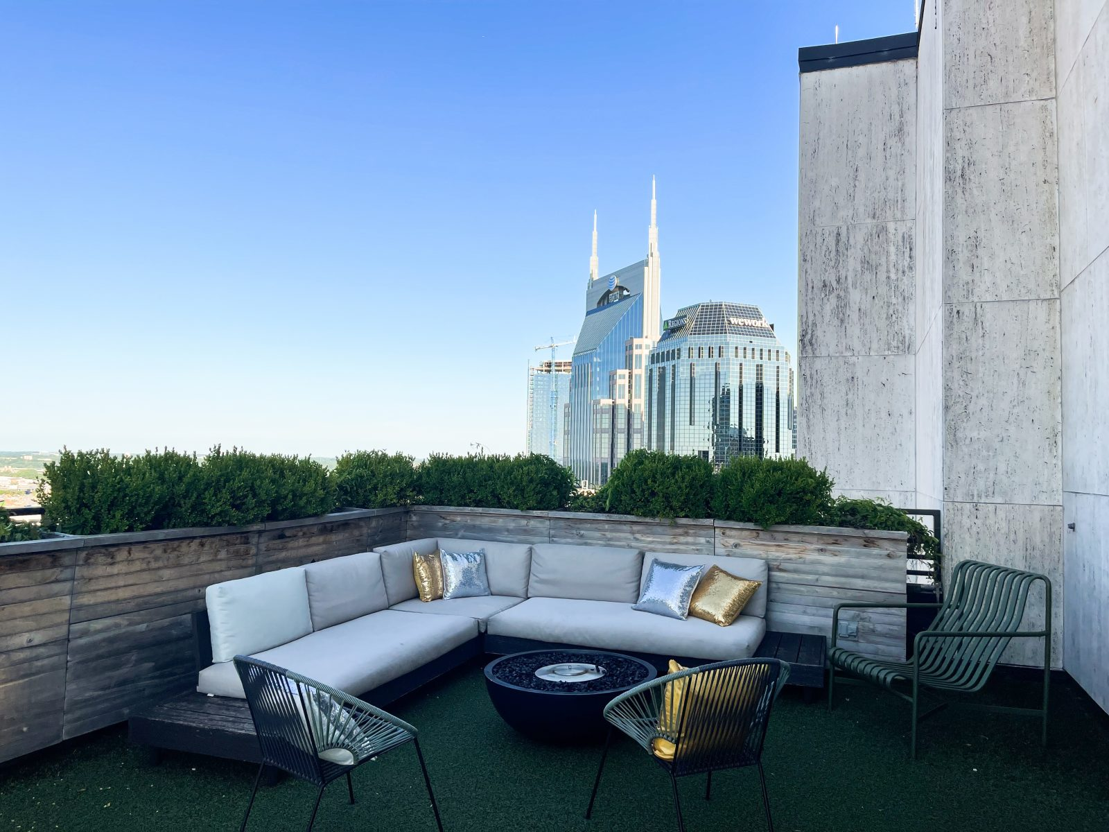 Fairlane Hotel rooftop lounge in Nashville, TN