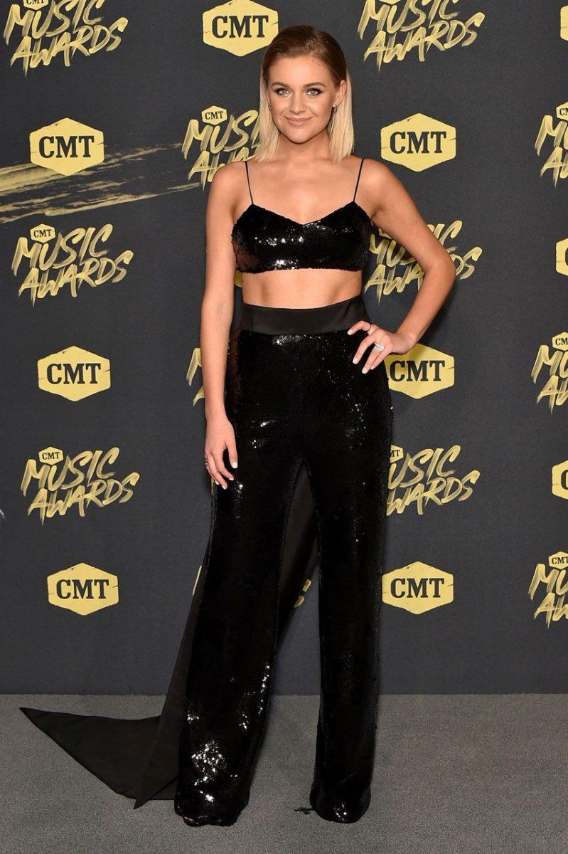 Kelsey Ballerini in Brandon Maxwell in 2018 CMT music awards