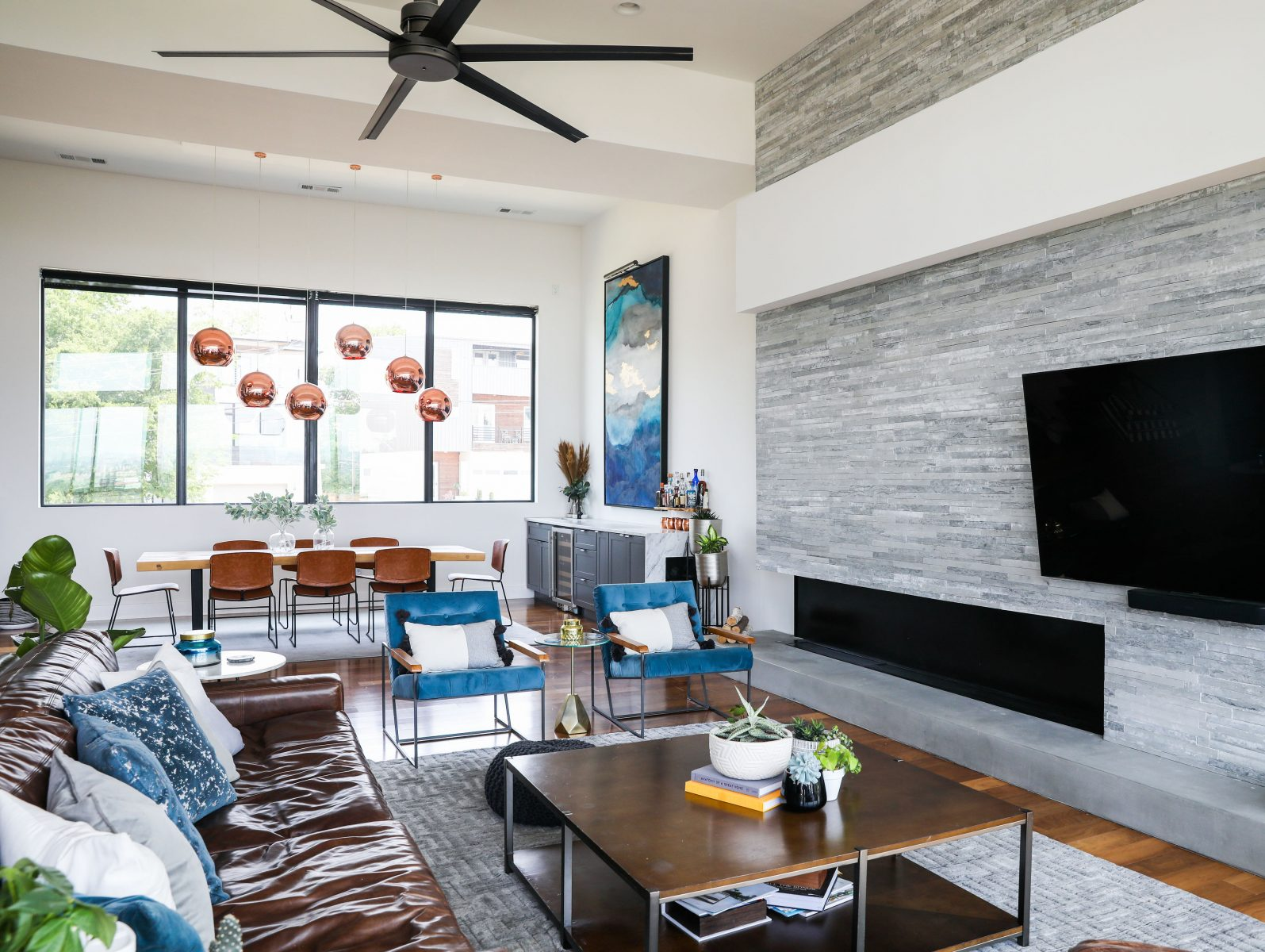 brooke and brice gilliam making modern magnolia network simple modern house living room