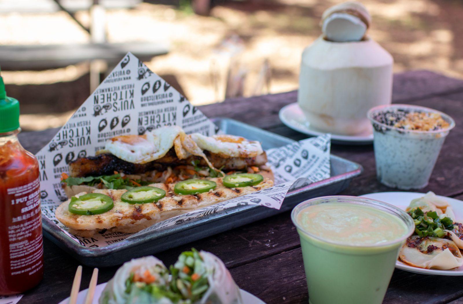 vui's kitchen Vietnamese food berry hill outdoor patio lunch bahn mi